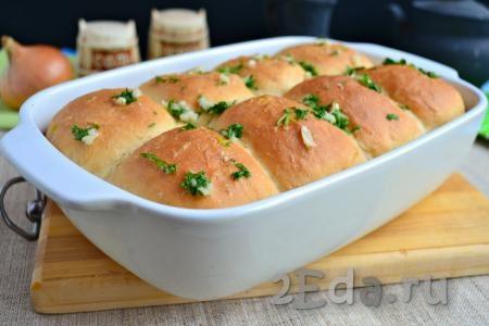 Пышки с чесноком и сыром в духовке - рецепт пошаговый с фото