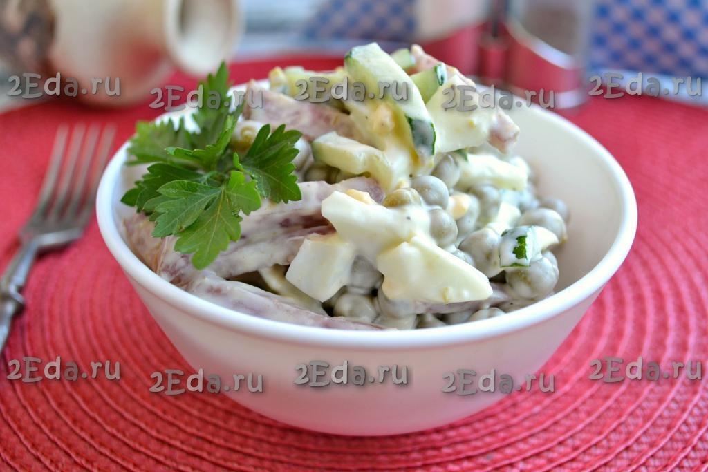 рецепт вкусного салата с полукопченой колбасой и свежим огурцом